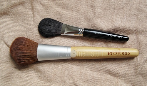 brushestouse2 What brush do you use to apply blush?