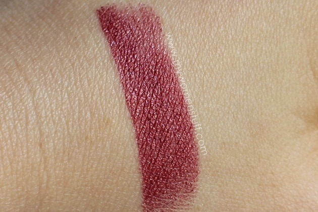 vamp lips3 Lipstick Bandits Vamp it up for the Fall Winter Season